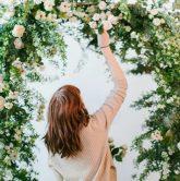 hướng dẫn cách làm cổng hoa cưới đơn giản với 6 bước 7