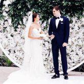 Các xu hướng backdrop hình cưới độc nhất hiện nay 9
